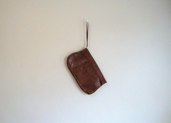 Brown LEATHER CLUTCH - Vintage 70s - Trend Purse