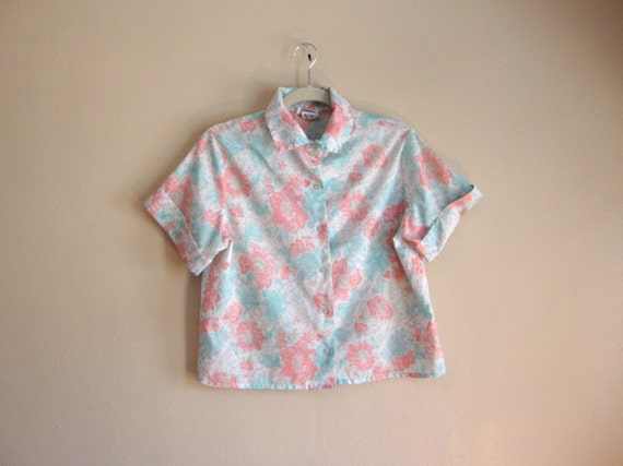 SALE - Cropped Blouse Top - Painted Roses - Pastels - Vinatge Womens Top
