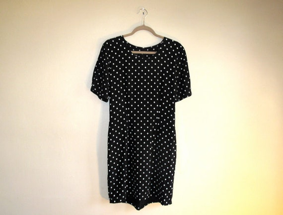 Polka DOTS - Vintage FITTED Dress - Short Dress - Tight Fit - Crew Neck - Great for Layering