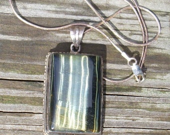 Green Tigers Eye Pendant Necklace