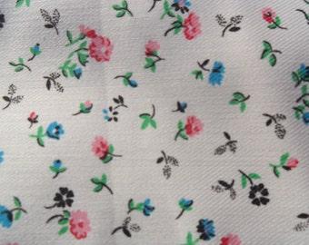 Fabric Country Inc. Fabric with small blue and pink flowers - 2 yards