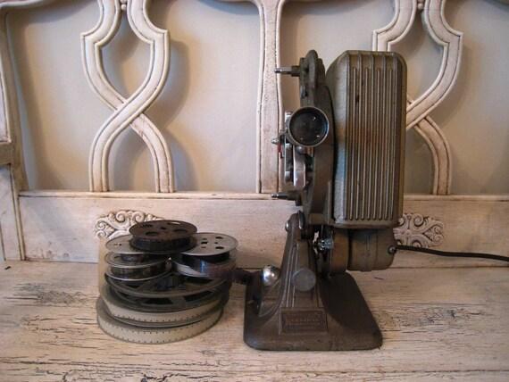 Vintage 16mm Movie Projector - Works