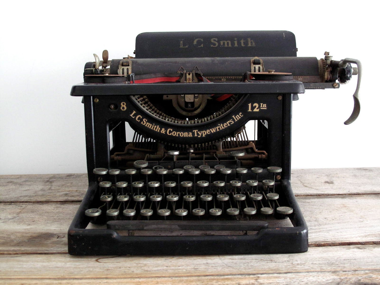 Smith Corona Typewriter Vintage 84
