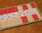 Quilted Patchwork Mug Rug in Strawberry Fields