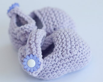 Purple Bootie ~Knitted baby shoe with daisy flower button ~ gift for newborn spring arrival