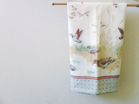 Vintage Pillowcase Rustic Ducks Geese Fine Combed Percale Fieldcrest  Men Boyfriend