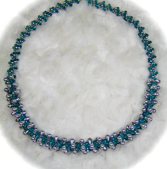 Spiral Teardrop Necklace Tutorial (JDC042NK)