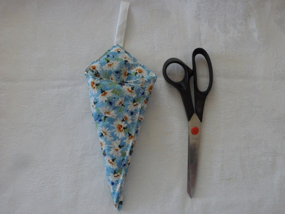 Hanging Quilted Scissor Sheath