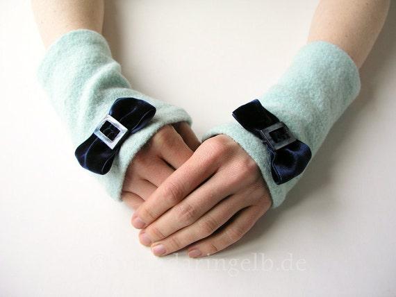 Arm Warmers / Fingerless Gloves With Velvet Bow
