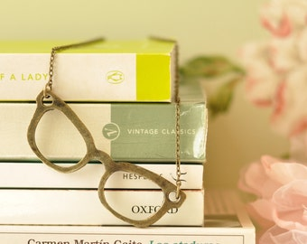 Jackie Spectacles Necklace