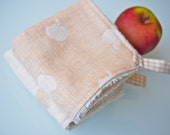 Set of 2 Organic Cotton Hand Towels / Wash Cloths - Natural Apples