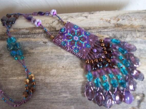 Handmade Artisan Beadwork Medicine Bag - Amulet Bag - Peyote Stitch - Beadweaving - Beadwoven