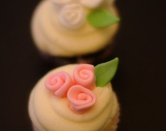 Fondant Ribbon Roses and Leaves for Cupcakes, Cookies or Mini-Cakes Perfect for Birthday, Engagement, Baby Shower or Wedding Parties