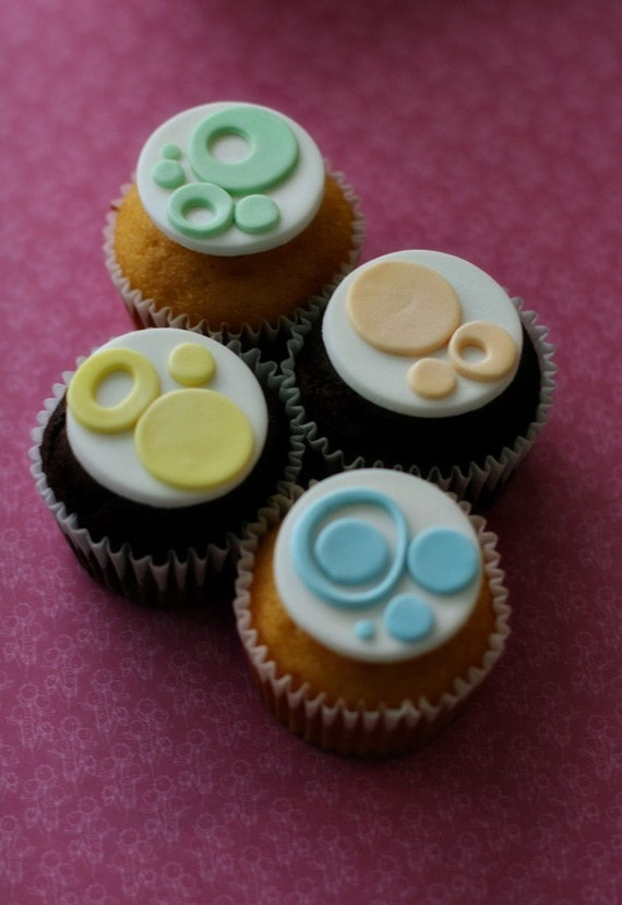 Polka Dot Fondant Modern Circle Toppers for Decorating Cupcakes, Cookies, Brownies or Mini-Cakes