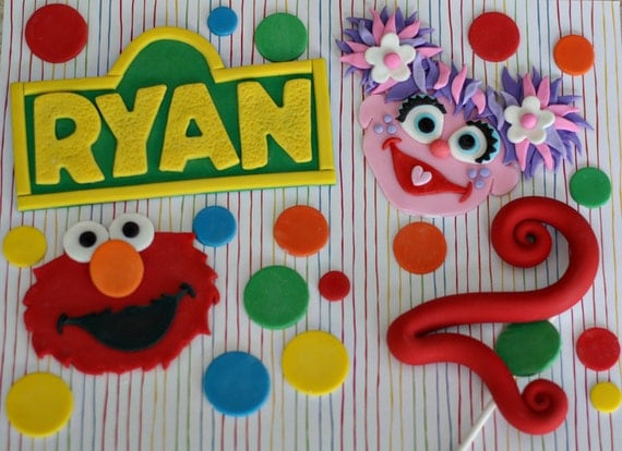 Fondant Sesame Street Inspired Decorations for a Special Birthday Cake and Cupcakes