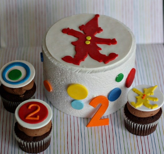 Fondant Circus Clown and Polka Dot Cake Decorations plus Coordinating Clown, Age and Polka Dot Cupcake Toppers