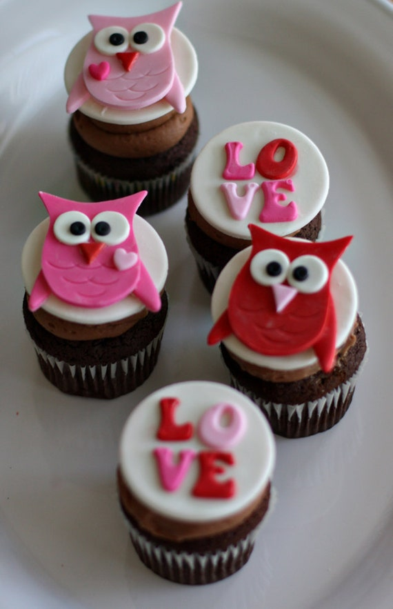 Valentine Owl and Love Toppers for Decorating Cupcakes, Cookies or other Sweet Treats