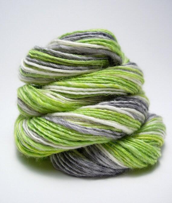 Handspun Yarn - Big City Dreams, sock yarn, superwash Merino, Bamboo, Nylon, single ply, fingering weight