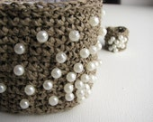 PEARLS bracelet and a ring