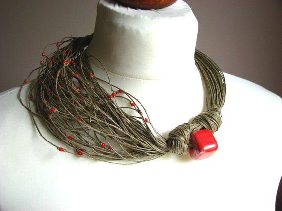 Ceramic Red Roses - linen necklace