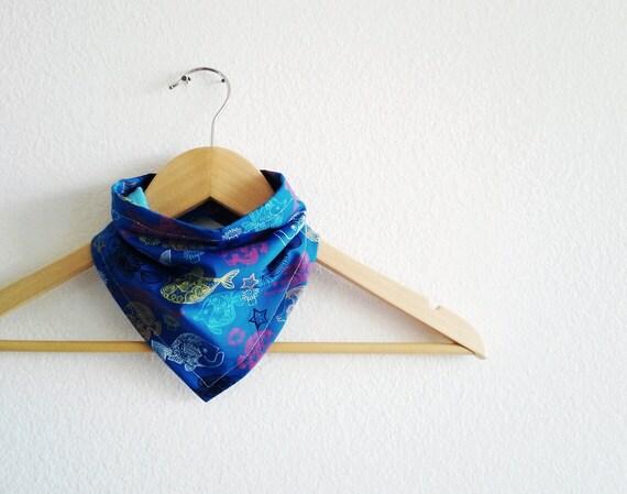 Blue Fish Bandana Bib for Baby, Reversible cotton bibdana