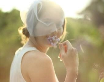 Wedding Veil - Blusher Veil - Tulle Veil - On-sIde Veil - Wedding White Veil - Short Bridal Veil - Modern Veil - Wedding Accessory