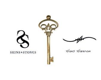 Hans Haveron Skeleton key Tattoo Pendant MIni Bronze Adam Lambert Jewelry