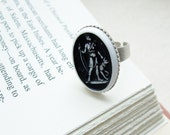 Artemis or Diana Goddess Cameo Ring in Black and White Ancient Greece and Rome