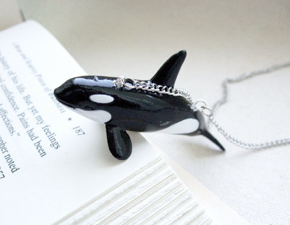 kenneth the kindly killer whale orca necklace the pet shop