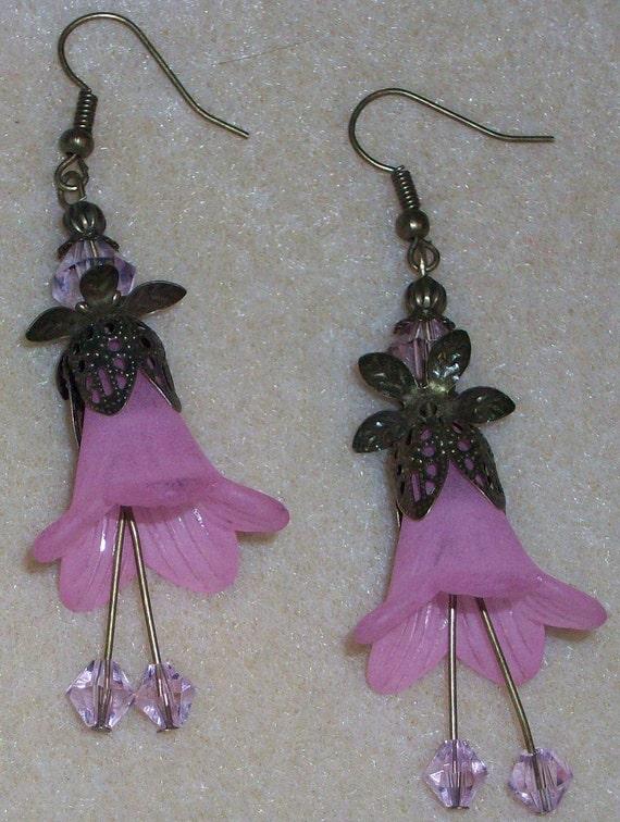 Flower Earrings - Pink Trumpet Flower Earrings, pink, bronze, bridal, weddings, bridesmaid gifts