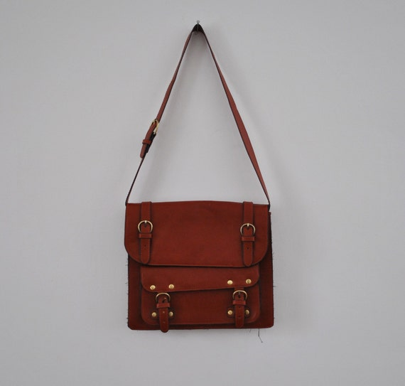 From luce leather totes and shoppers to festival essential bum bags, shop online with free click & collect. Find the latest bags & accessories we're loving at Topshop. From luce leather totes and shoppers to festival essential bum bags, shop online with free click & collect. Bags & Purses × Clear All.