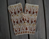 Handknit fingerless gloves in Shetland wool