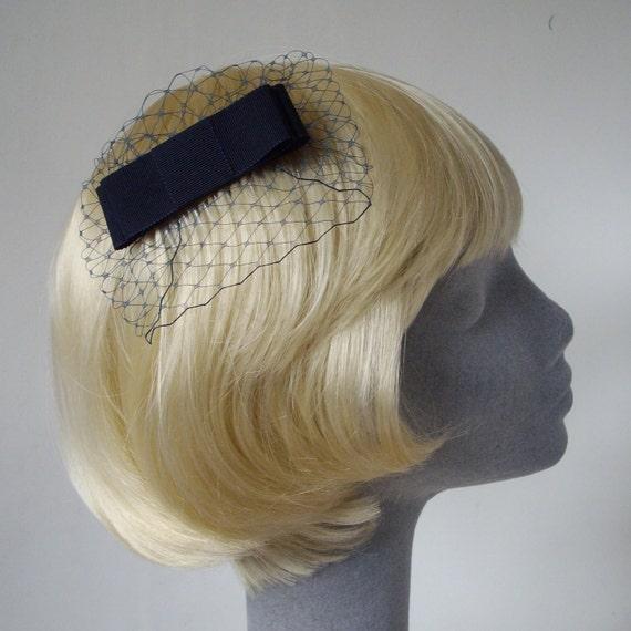 Navy-Blue Bow  Hair Comb- Navy-Blue Bow  Haircomb