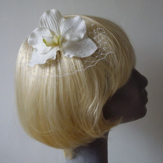 White Flower Hair Comb, White Orchid Hair Comb (Curly), , White Hair Flower, White Hair Orchid, White Hair Accessory, White Orchid Headpiece