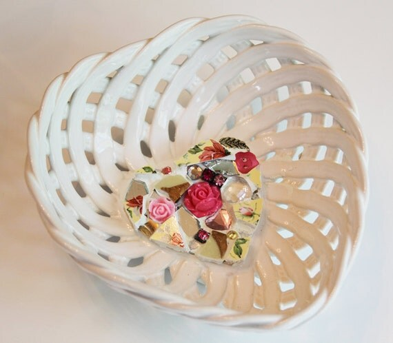 Lattice Woven Hearts & Roses Ceramic Mosaic Candy Dish