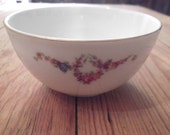 S.A.L.E-ANTIQUE Eschenbach porcelain rose bowl, midcentury, made in Germany, in the U.S zone, Cold War souvenir
