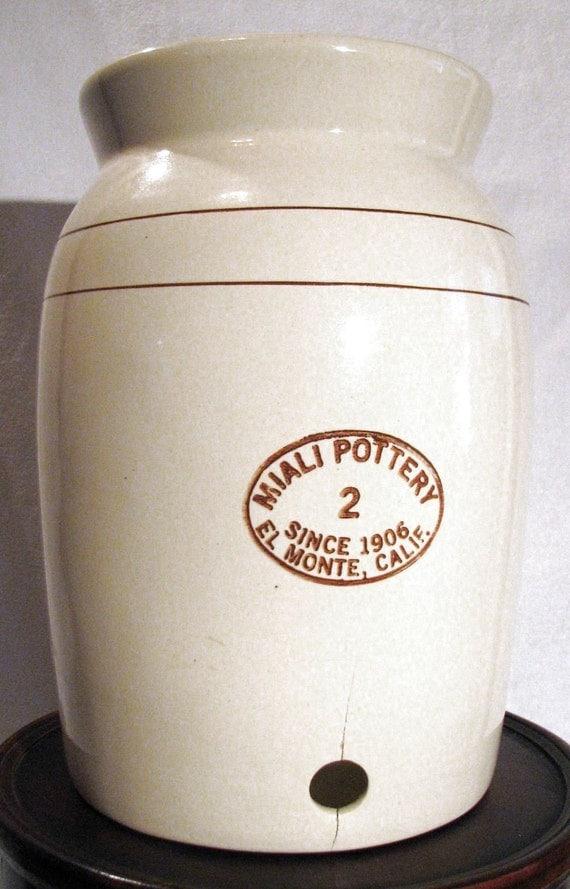 Vintage Miali Pottery El Monte CA 1906 - 2 Gallon Crock    ON HOLD