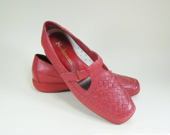 1990s Red Leather Mary Jane Flats Mushroom Brand Womens 7.5