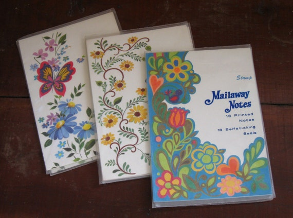 9.99 SALE// 70s Floral Stationery Mail Away Notes Sets