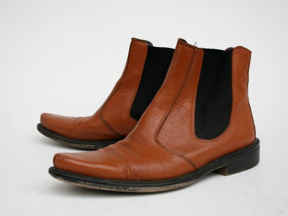 Vintage Ankle Boots Chelsea Style in Toffee Brown 1980s