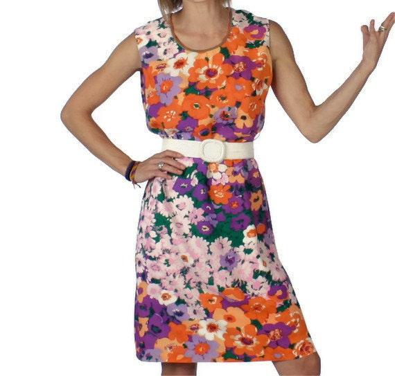 Vintage Dress in Floral Print  Womens Medium