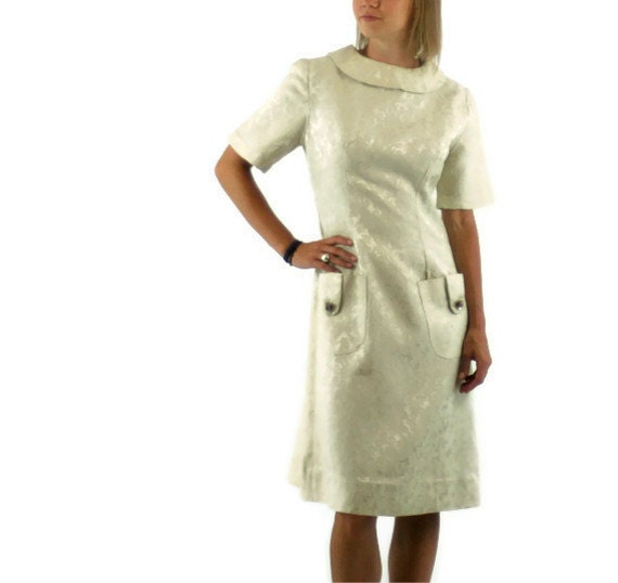 Vintage 1960s Dress in Cream Jacquard Wedding Dress or Mother of the Bride