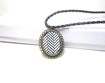 Grafic Print Necklace -Black and White Leather   Necklace,  Fashion Pendant