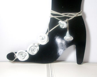 White Flower Barefoot Sandals, Nude shoes, Foot jewelry, Victorian, Bride, Bridesmaid  Leather Rose  Flowers  Anklet sexy  barefoot sandles