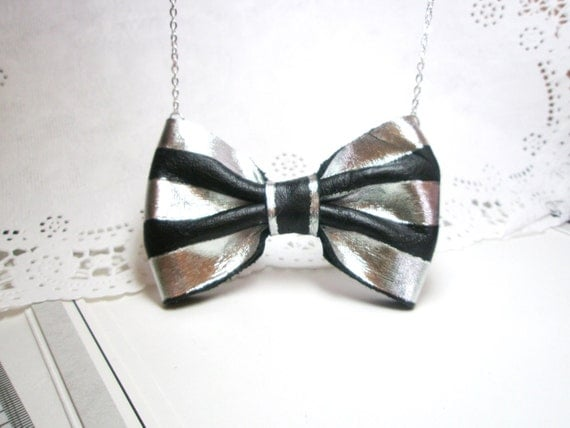 Bow necklace -Nautical Stripes Bow Tie Necklace -Black and White-leather necklace