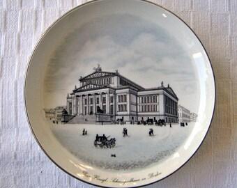 Vinatge KPM Plate - Das Kongl Schauspielhaus, Berlin