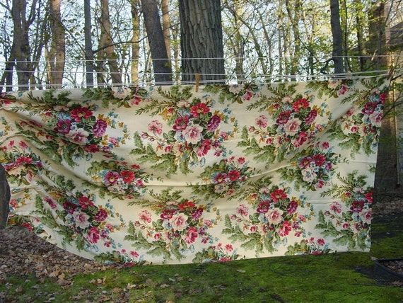Pretty Vintage 1950's Barkcloth Drapery Panel Colorful Floral 42 x 82""
