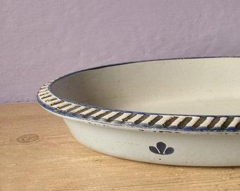 Vintage Dru Holland cast iron baking dish, au gratin casserole dish, blue enamel ovenware, bakeware, blue kitchen, rustic country dinner