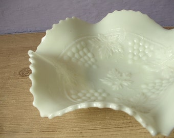 Antique Northwood custard glass bowl, grape and cable pattern, 1906, basketweave, fruit pattern, antique glass candy dish
