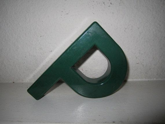 Nursery Letter P Vintage - Green Color